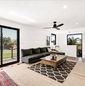 Spacious 2 Bedroom Townhouse In Southport photos Exterior