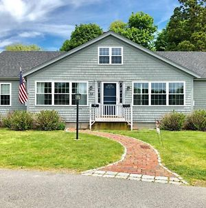 Cape Cod Escape, Newly Renovated- Walk To Beach! photos Exterior