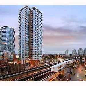 Vancouver Downtown Expo Blvd Apartment 3Br photos Exterior