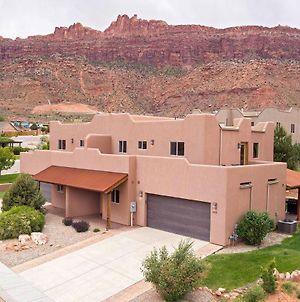 Sg2 -15 Minutes From Arches Park - Wrap-Around Deck With Views! photos Exterior