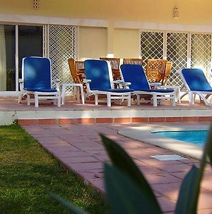 Vale Do Lobo Villa Sleeps 8 With Pool And Air Con photos Exterior