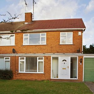 Holiday Home Chelmsford 3 Bedroom House, Sleeps 6, Bt Sport, Free Parking & Wifi photos Exterior