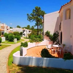 Vale Do Lobo Villa Sleeps 6 With Air Con And Wifi photos Exterior