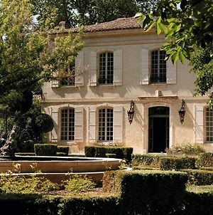 Maussane-Les-Alpilles Chateau Sleeps 16 With Pool Air Con And Wifi photos Exterior