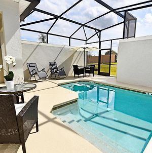 Champions Gate Town House Sleeps 10 With Pool Air Con And Wifi photos Exterior
