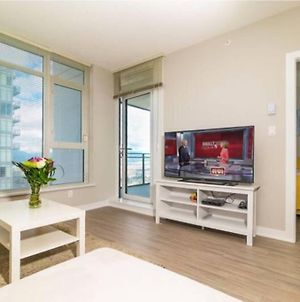 Burnaby Metrotown Great Location Apartment 1Br photos Exterior