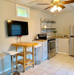 Downtown Sarasota Cottage Near Siesta Key Beaches And Golfing photos Exterior