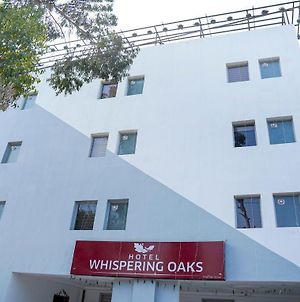 Hotel Whispering Oaks Chandigarh photos Exterior