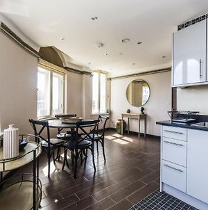 Perfectly Located Apartment In London Bridge photos Exterior