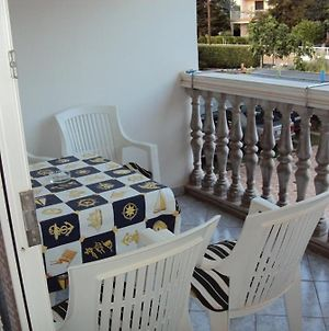 Apartment In Medulin With Loggia, Air Conditioning, Wifi photos Exterior