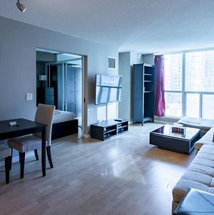 Chic 1 Bed In Heart Of Downtown Toronto photos Exterior