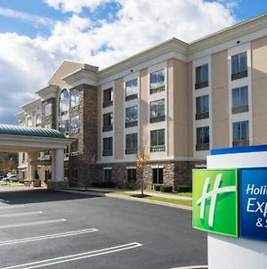 Holiday Inn Express & Suites Stroudsburg-Poconos photos Exterior