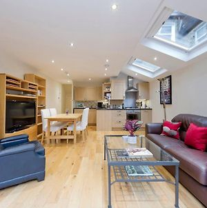 Bright & Comfortable 2 Bed In Fulham W/ Garden photos Exterior