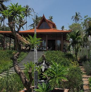 Villa Ronggo Mayang At Balian Beach photos Exterior