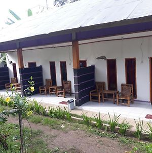 Backpacker Homestay Senaru photos Exterior