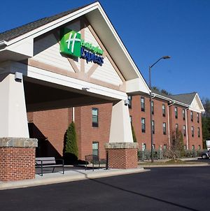 Holiday Inn Express West Jefferson photos Exterior