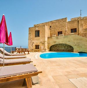Zebbug Villa Sleeps 4 With Pool And Wifi photos Exterior