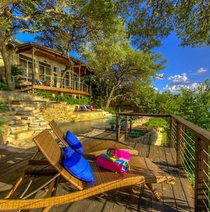 Lake Travis Austin Treehouse photos Exterior