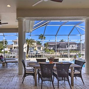 Luxe Island Oasis Dock And Gulf Of Mexico Access photos Exterior