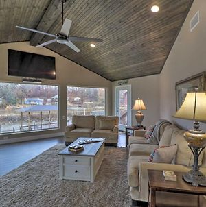 Chic Lakefront Haven Near Oaklawn And Casino Resort! photos Exterior