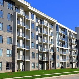 Trendy Condo At Lake Ontario photos Exterior