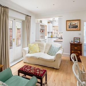 Charming 2Br Flat With Patio In Hammersmith photos Exterior