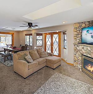 New Listing! Lake Getaway With Private Hot Tub Home photos Exterior