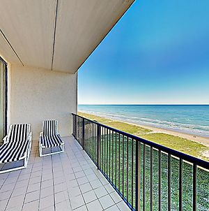New Listing! Gulf-Front Penthouse W/ Water Views Condo photos Exterior