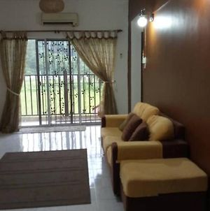 Homestay @ Bukit Merah Laketown photos Exterior