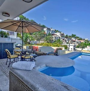 Hilltop Studio Penthouse! Private Pool! Amazing Views! photos Exterior