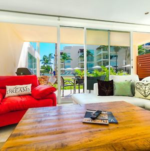 Stunning 2 Bedroom Condo At Elements! Right On The Beach! photos Exterior