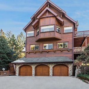 New Listing! Custom Miracle Mountain Lodge W/ Ac Home photos Exterior