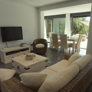 Lloret De Mar Villa Sleeps 8 Pool Air Con Wifi photos Exterior