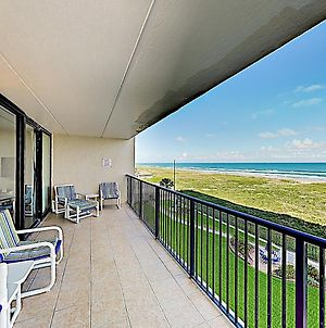 New Listing! Relaxing Beachfront Oasis With Pools Condo photos Exterior