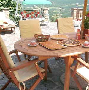 Apartment With 2 Bedrooms In Assisi With Shared Pool And Wifi photos Exterior