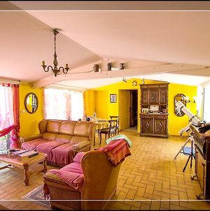 House With 2 Bedrooms In Carpentras With Shared Pool Enclosed Garden And Wifi 31 Km From The Slopes photos Exterior
