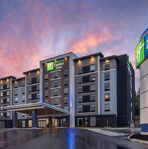 Holiday Inn Express & Suites Moncton, An Ihg Hotel photos Exterior