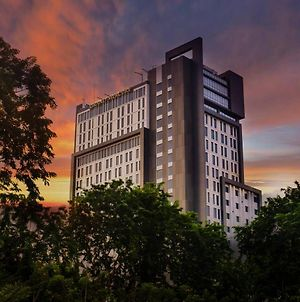 Grand Mercure Surabaya City photos Exterior