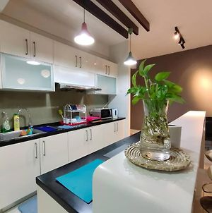 2Homez Cozy Setiawalk Serviced Apartment, Puchong photos Exterior