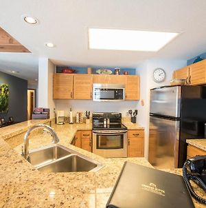 2 Bedroom Unit With Gorgeous Remodeled Kitchen Condo photos Exterior