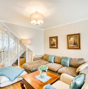 Bright, Modernised 4 Bed Maisonette In Brixton photos Exterior