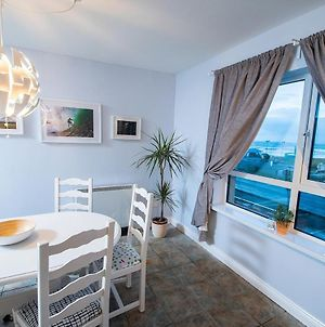 Beautiful And Spacious 2 Bedroom Apartment With Stunning Beach Views photos Exterior