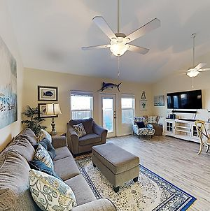 Renovated Nemo Cay Townhome With Pool-- Near Beach Townhouse photos Exterior