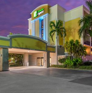 Holiday Inn Express Cape Coral-Fort Myers Area photos Exterior