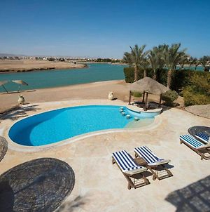 Rent Charming Villa In El Gouna With Private Heated Pool For Families photos Exterior