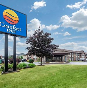 Comfort Inn Oshawa photos Exterior