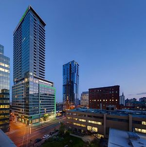 Holiday Inn Hotel & Suites - Montreal Centre-Ville Ouest, An Ihg Hotel photos Exterior