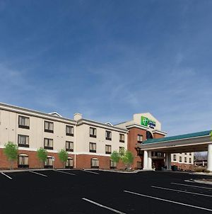 Holiday Inn Express Hotel & Suites Greensboro - East photos Exterior
