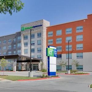 Hi Exp N Suites Dallas Nw Why-Love Field photos Exterior