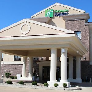 Holiday Inn Express Hotel & Suites Shelbyville, An Ihg Hotel photos Exterior